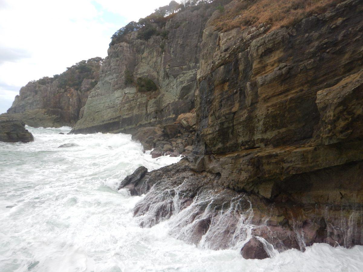 兵庫県海岸線の大滝