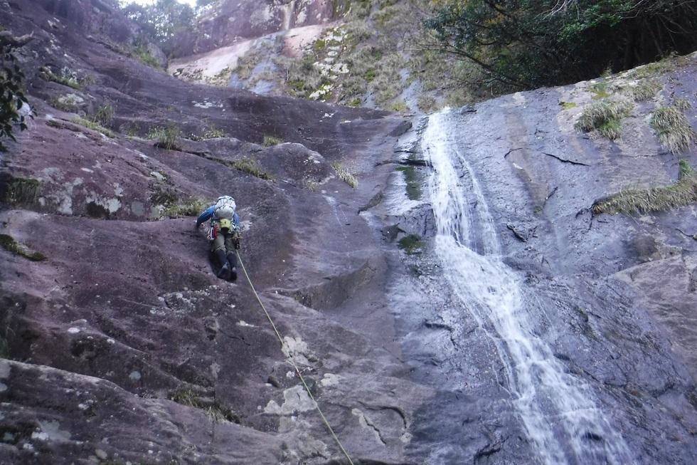 熊野川 清水谷・五段滝登攀